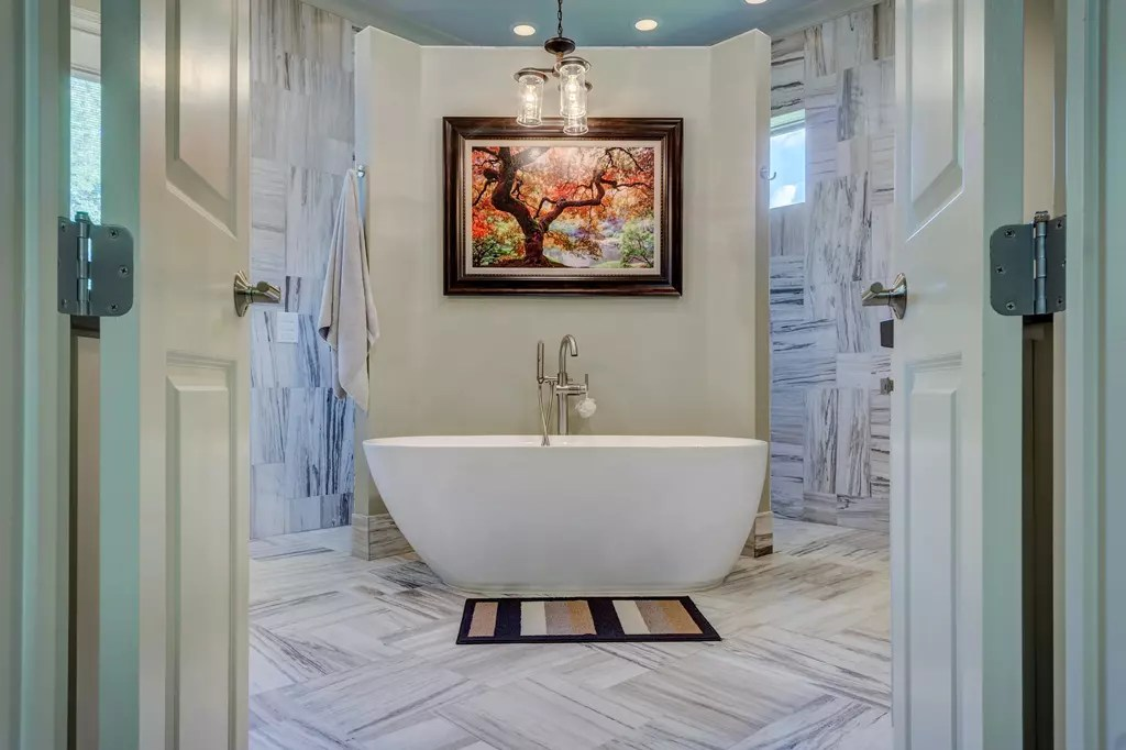 Bathroom Remodeling Company  Tampa  Greaves Construction