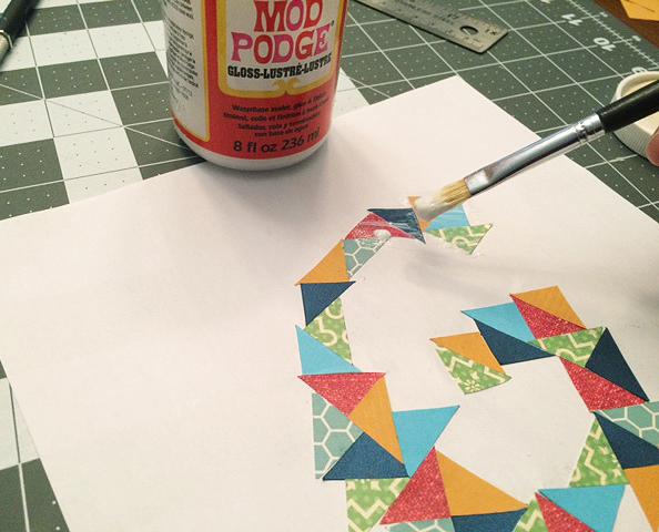 cut paper initial_decoupage