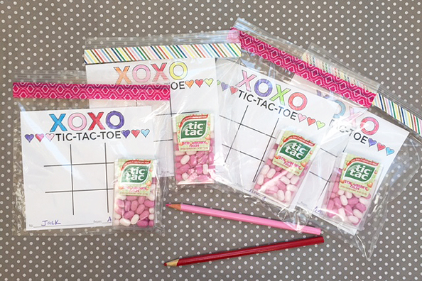valentines tic tac toe_bags filled