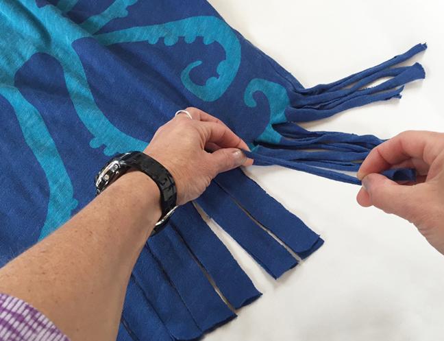 greco design_pulling fringe
