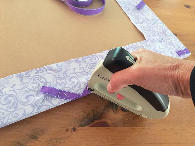 ribbon board_staple