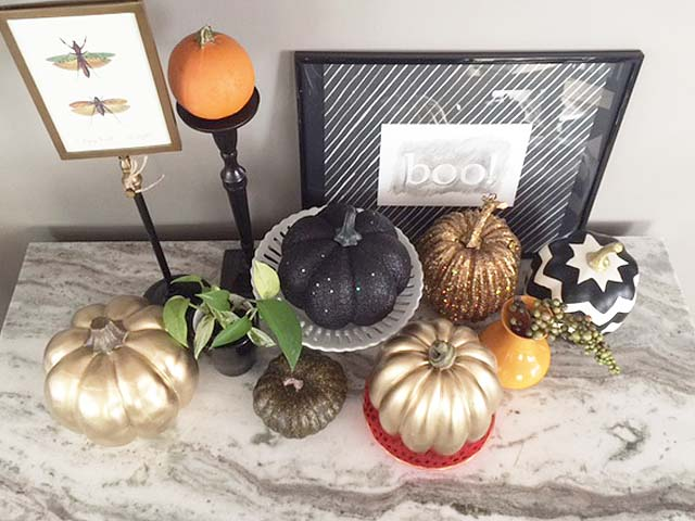 fall-touches-pumpkin-patch