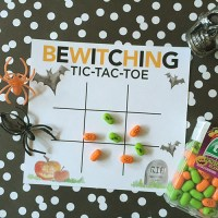 Halloween tic-tac-toe game cards (freebie!)