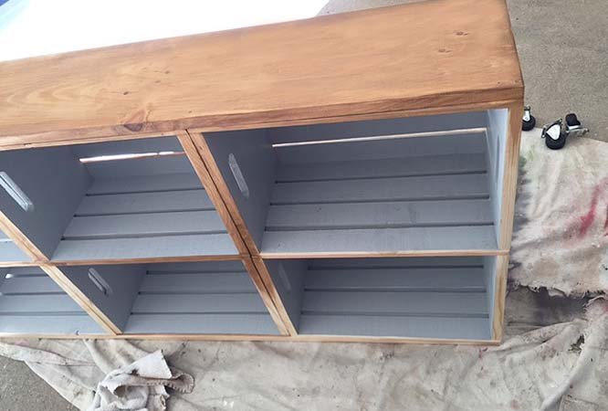 rolling-cart_stain-front