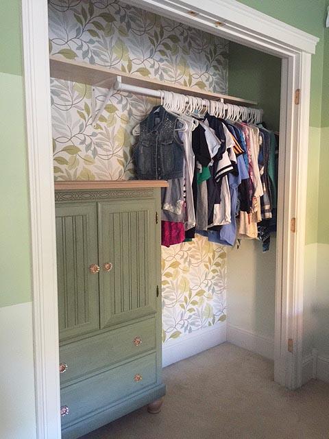 averys-closet-week-3_side