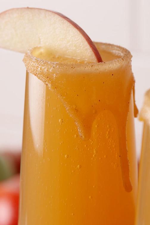 caramel-apple-mimosas