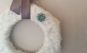 DIY white faux fur wreath
