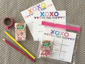 valentine's tic-tac-toe game card | free printable
