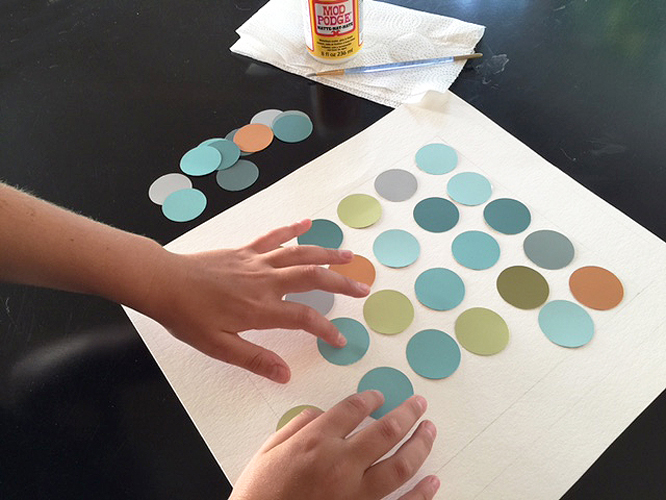 easy DIY wall art ideas with paint chips