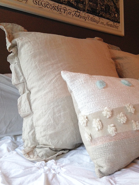 One Room Challenge - bedroom makeover with new pillows