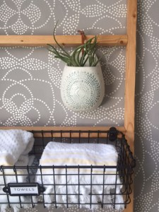 Small Space Bathroom Redesign – One Room Challenge™ WEEK 5