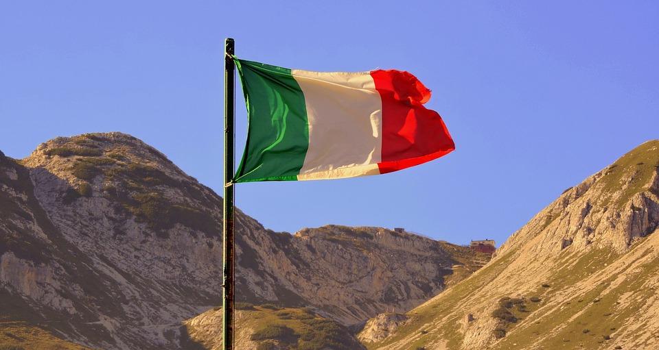 flag-1624842_960_720