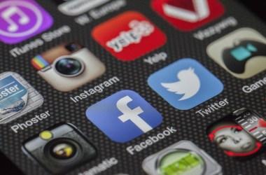Pubblicità su Facebook e Instagram. Icone delle App.