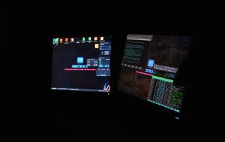 Monitor con Debian KDE