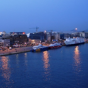 piraeus-port