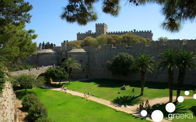 Famous Greek landmarks: Rhodes Old Town