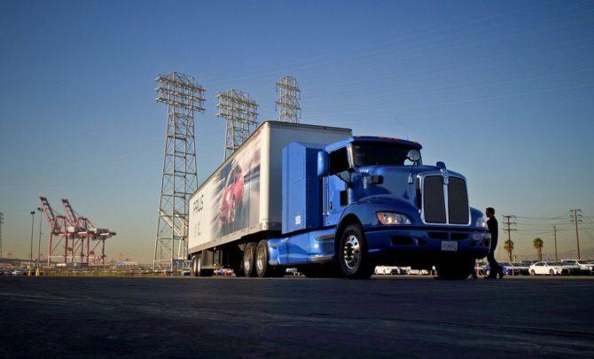 Ekologiczny transport drogowy - wodorowa ciężarówka Toyoty w Los Angeles / Źródło: Toyota