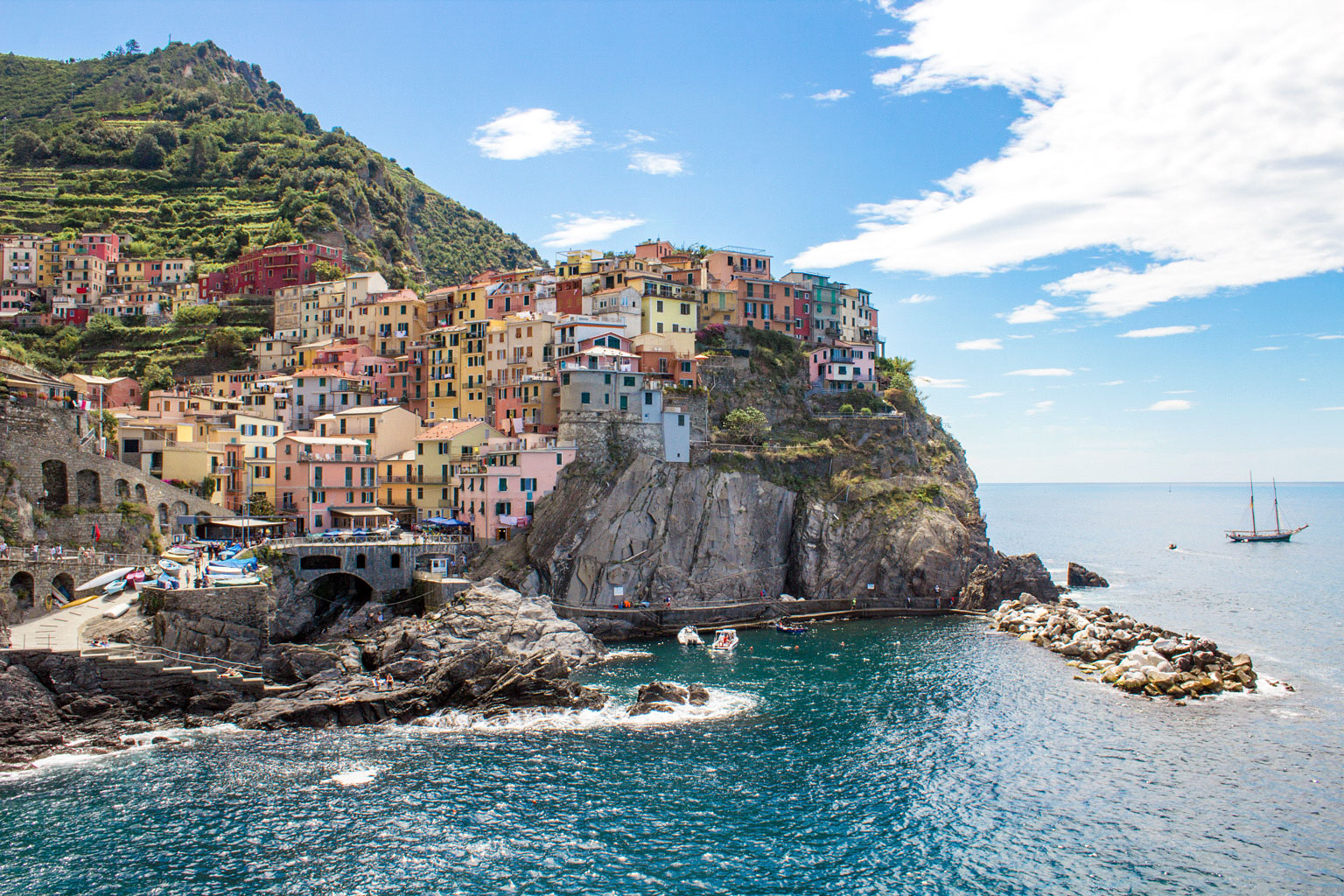 "how to ""do"" cinque terre in 3 days: guide & itinerary 
