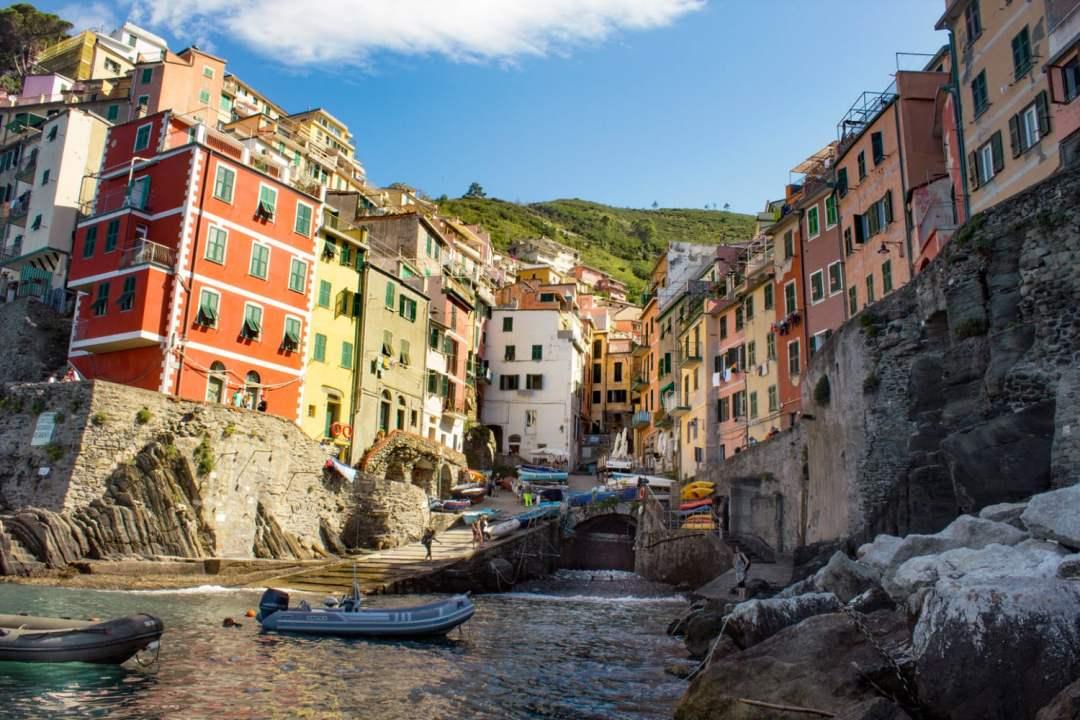 Cinque Terre Riomaggiore Guide Itinerary