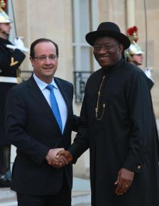 France's President Francois Hollande and President Goodluck Jonathan