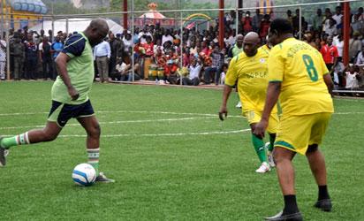 obasanjo-football