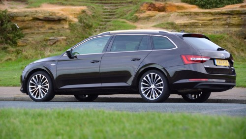 small resolution of skoda superb estate 4x4