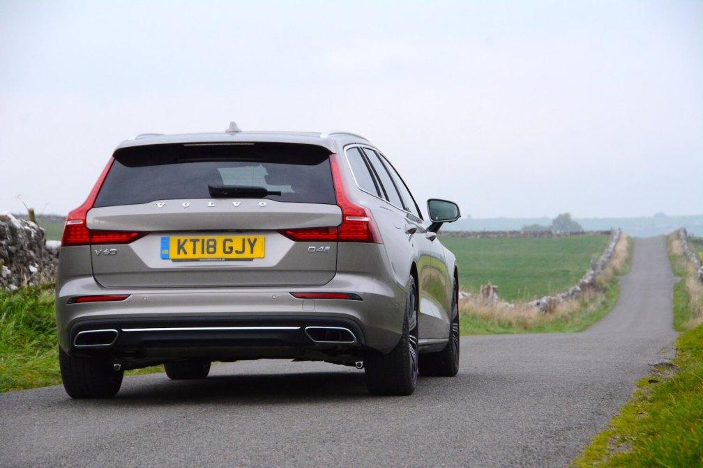 Volvo V60 D4 Review - GreenCarGuide.co.uk