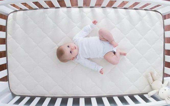 Sleep Safety How To Choose A Nontoxic Crib Mattress
