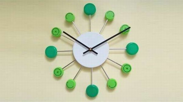 Bottle cap timepiece