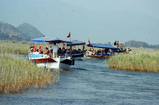 solar powered boats used in dalyan