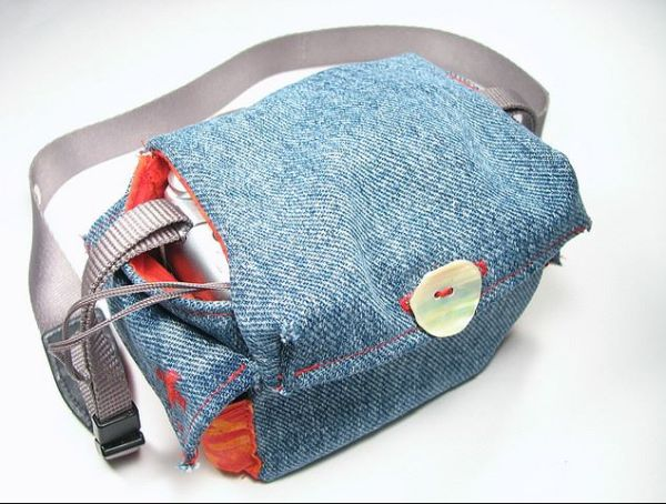 denim-camera-pouch