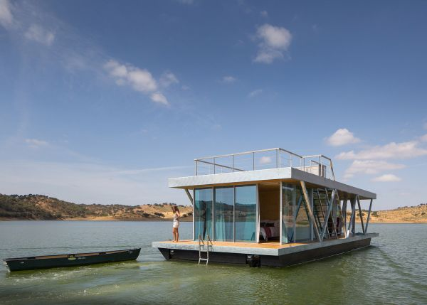 floating-house-by-university-of-coimbra