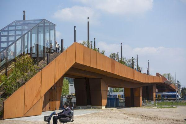paleisbrug-pedestrian-bridge