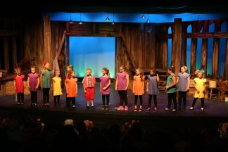 Local Youth Perform Wizard of Oz at Shawnee with Foundation Grant