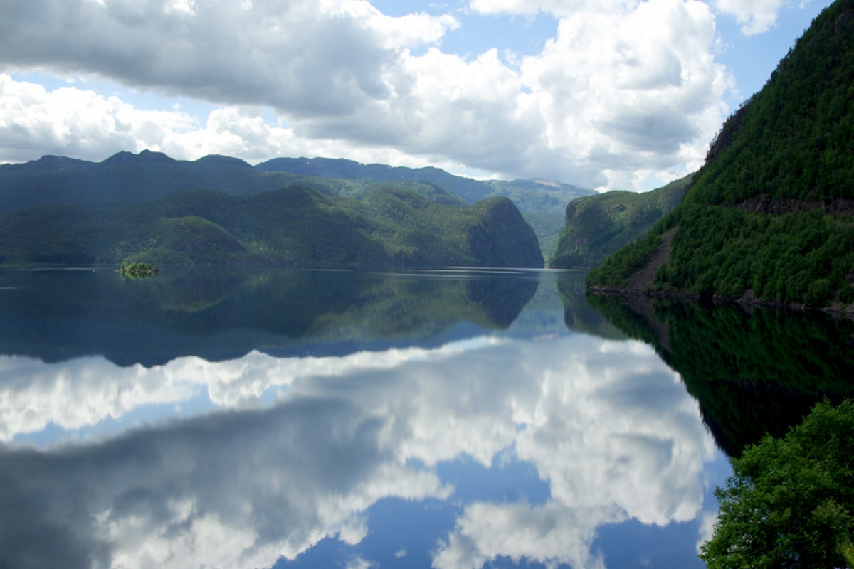 A picturesque fjord in Kvilldal, where the Norwegian end of the pipeline will be situated. Credit: Geoffrey Kopp.