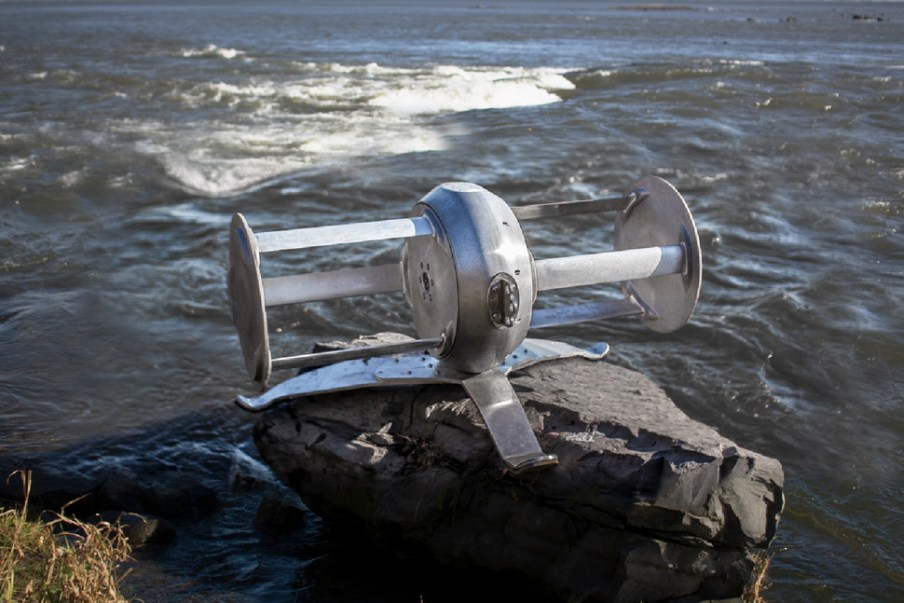River turbine by Idenergie