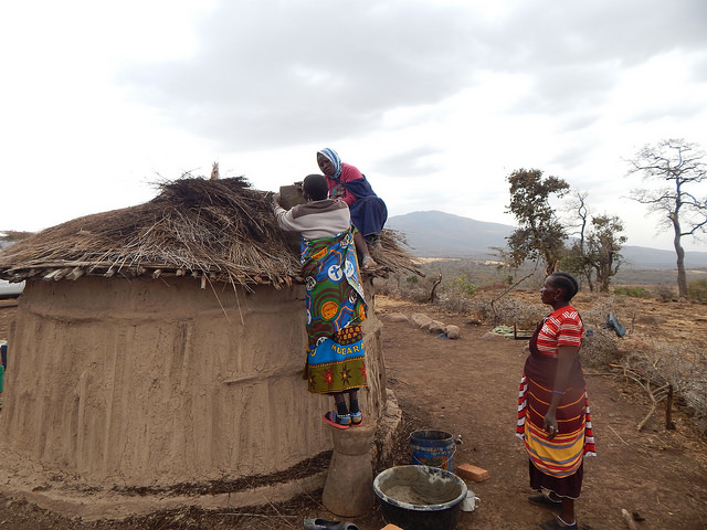 Installing solar in Tanzania (Photo: Photo Christabel Ligami)