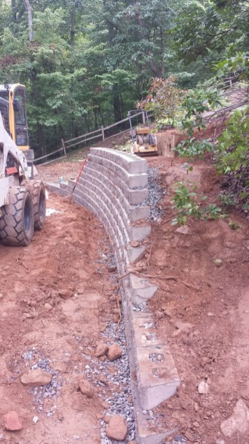 Bellinger Keystone Retaining Wall (9)