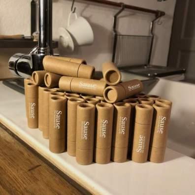 Einfache Pappverpackungen - sehr praktisch. (Foto: Seifenbrause GbR)