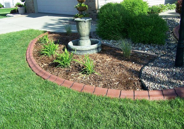 garden and landscaping edging