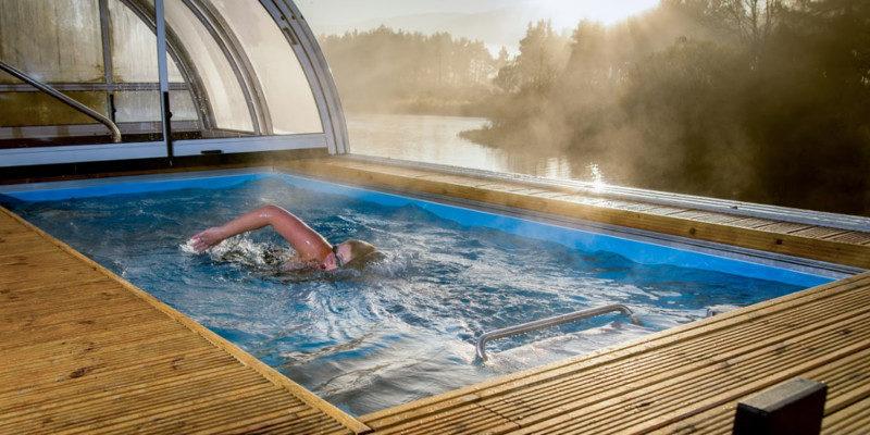 Quali sono i benefici di una piscina per il nuoto controcorrente  Green House  Piscine