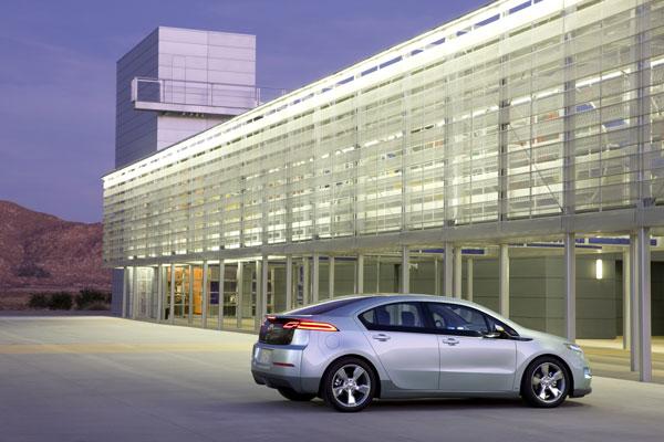 2011-Chevrolet-Volt-046.jpg
