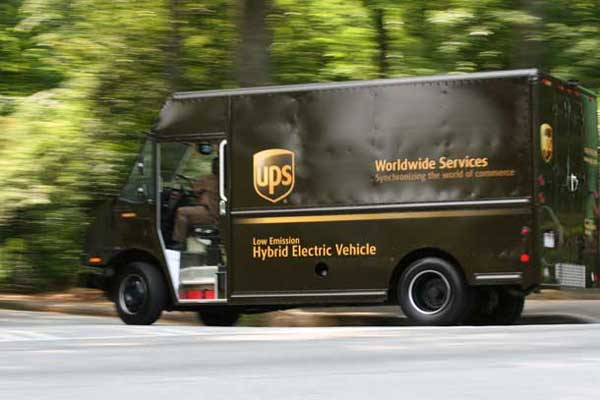 ups-electric-hybrid.jpg