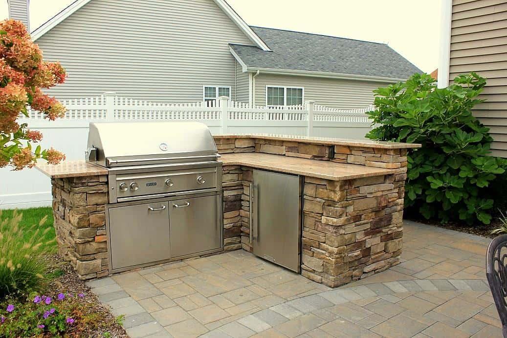 Outdoor Kitchen  Green Island Design