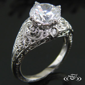 VINTAGE LOOK CURLY ENGAGEMENT RING