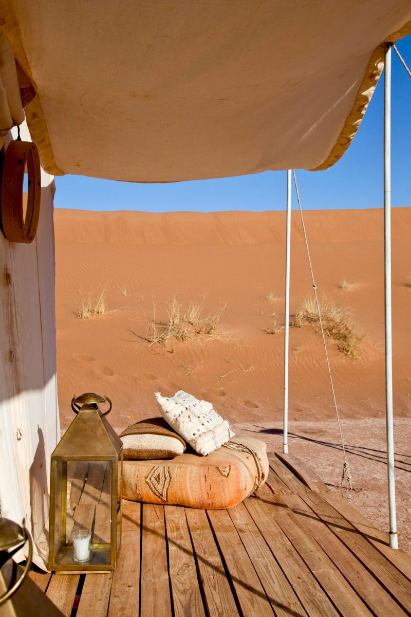 La terrasse, Umnya Dune Camp, Maroc. © Elodie Rothan