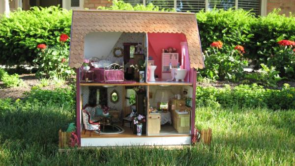 limited edition arthur dollhouse