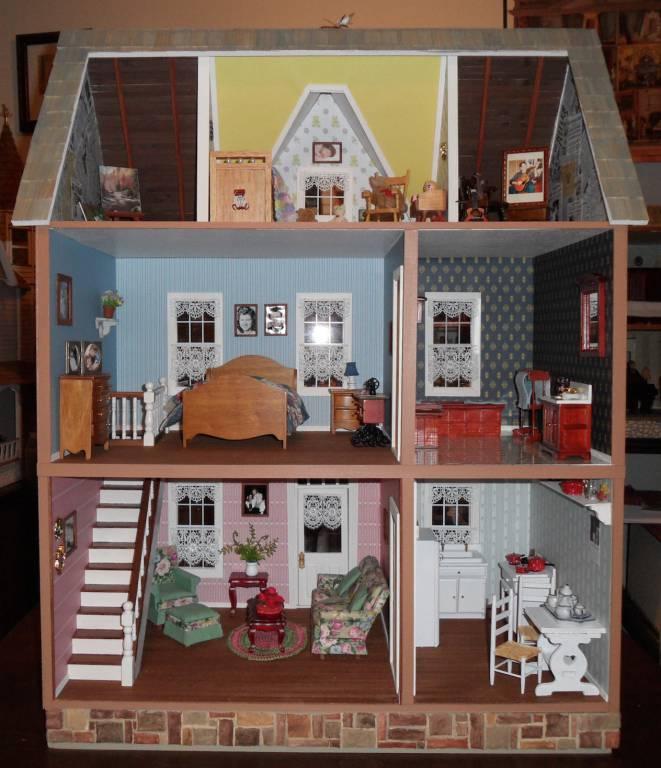 Interior  Members Gallery  The Greenleaf Miniature