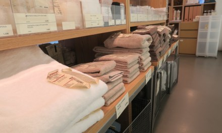 MUJI: organic cotton sheets, towels and cushions