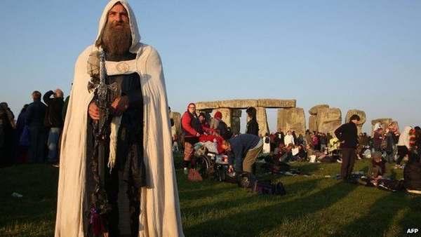 solstizio-stonehenge